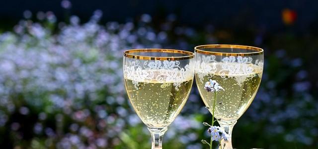 champagne-456655_640