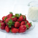 strawberries-411646_640